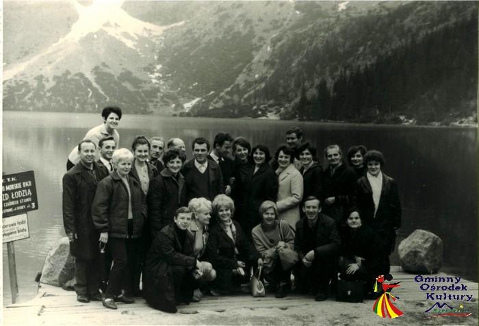 Grono pedagogiczne w gminie Marcinowice, lata 60-te, morskie oko